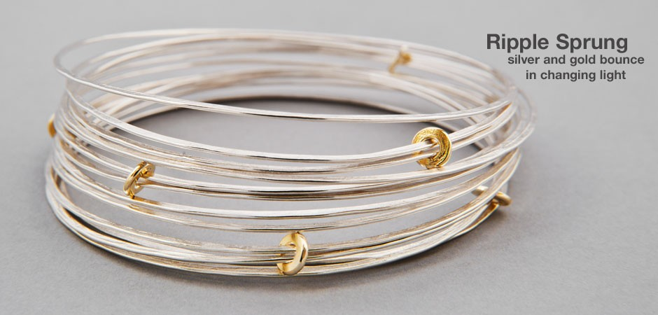 Ripple Sprung Bangle Silver with 18ct gold