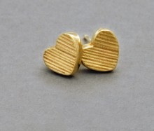 Latham & Neve Collections - Ripple Pebble - Dune Heart Stud Earrings in Gold
